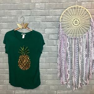 h&m // emerald green pineapple sequined tee m